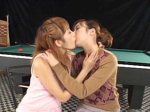 レズビアンキッス女優多数 無修正画像10